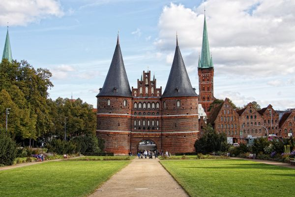 Holstentor (Holsteintor)
