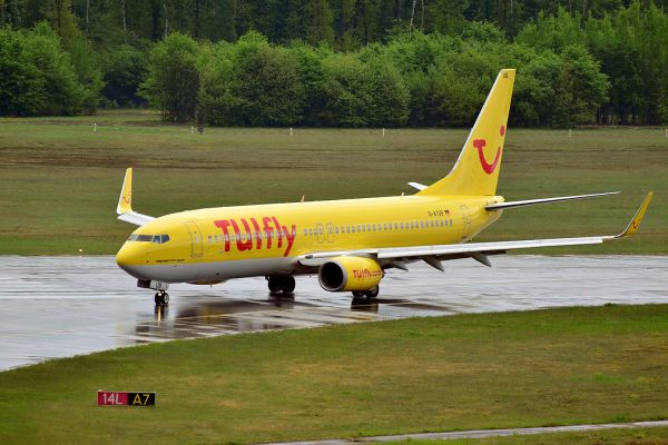 TUIfly Boeing 737-8K5 (D-ATUB)
